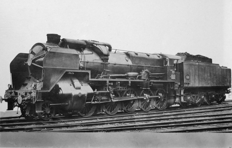 フリー写真 SNCF 2-10-0の蒸気機関車