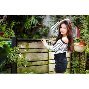 フリー写真, 人物, 女性, アジア人女性, 楚珊(00053), 中国人, 髪をかき上げる, ショートパンツ