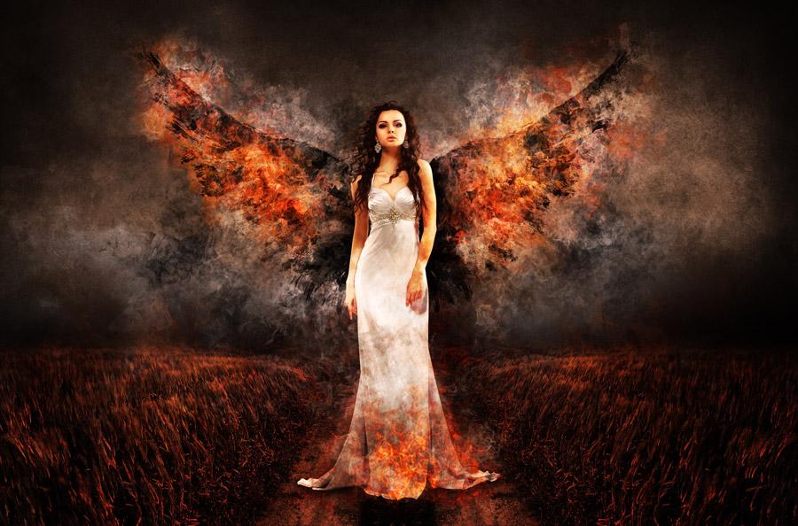 フリー写真 堕天使の外国人女性