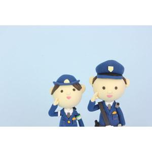 フリー写真, 人形, 職業, 仕事, 警察, 警察官(お巡りさん), 婦人警官(婦警), 敬礼,