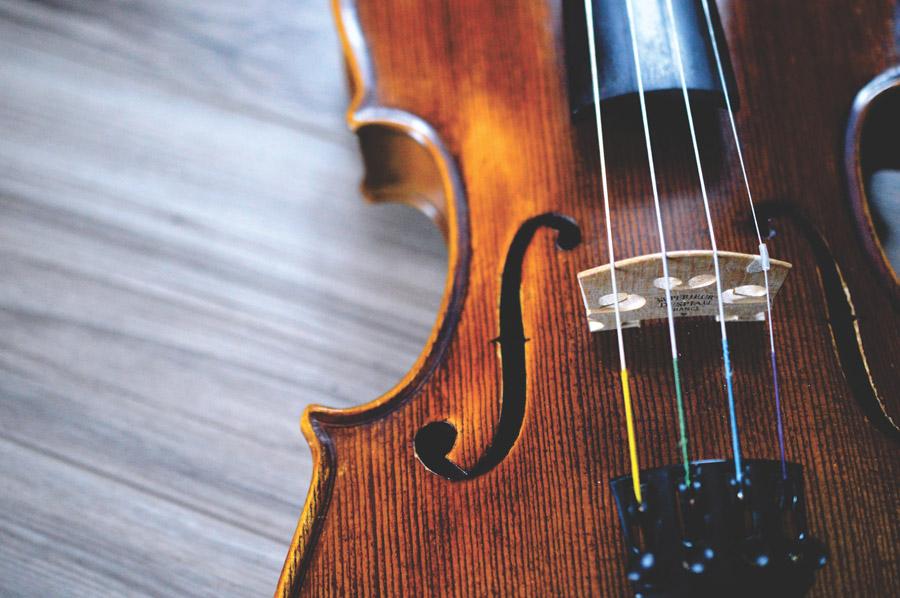 フリー写真 バイオリンのアップ