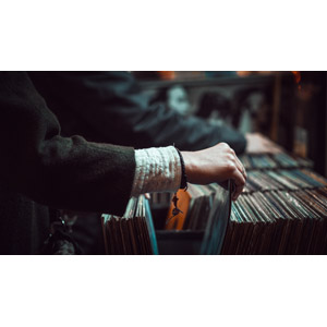 フリー写真, 人体, 手, 探す, レコード, お店(店舗), レコードショップ