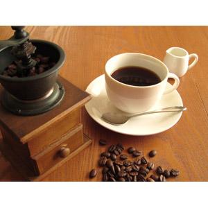 フリー写真, 飲み物(飲料), コーヒー(珈琲), コーヒーカップ, コーヒー豆, コーヒーミル