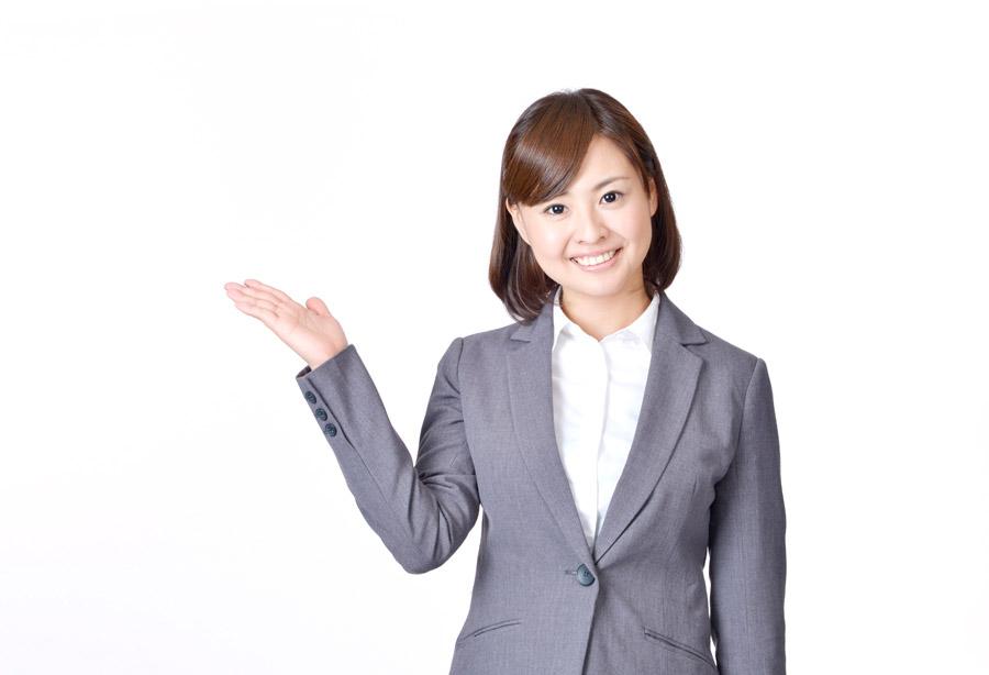フリー写真 白背景と案内する女性社員