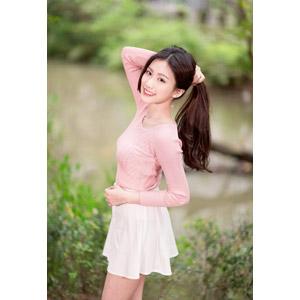 フリー写真, 人物, 女性, アジア人女性, 楚珊(00053), 中国人, 髪を束ねる, ポニーテール, ミニスカート