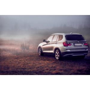 フリー写真, 乗り物, 自動車, クロスオーバーSUV, BMW, BMW・X3, 霧(霞)