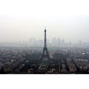フリー写真, 風景, 建造物, 建築物, 塔(タワー), エッフェル塔, 都市, 街並み(町並み), フランスの風景, パリ, 霧(霞)