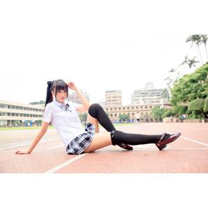 フリー写真, 人物, 女性, アジア人女性, 少女, アジアの少女, 喬喬兒(00135), 中国人, 学生(生徒), 高校生, 学生服, 座る(地面)