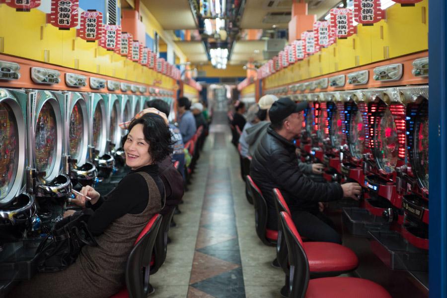 フリー写真 パチンコ店内の風景