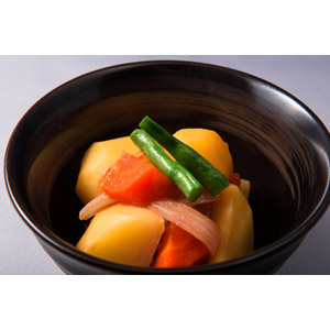 フリー写真, 食べ物(食料), 料理, 日本料理, 和食, 肉じゃが, 野菜料理, 芋料理, 肉料理