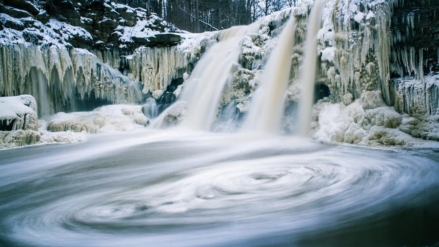 フリー写真 カナダのボールの滝の風景