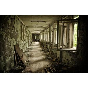 フリー写真, 風景, 建造物, 建築物, 廃墟, 廊下, チェルノブイリ原発事故, 災害, 事故, ウクライナの風景, 原子力発電