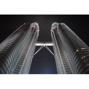 フリー写真, 風景, 建造物, 建築物, 高層ビル, ペトロナスツインタワー, 夜, マレーシアの風景, クアラルンプール