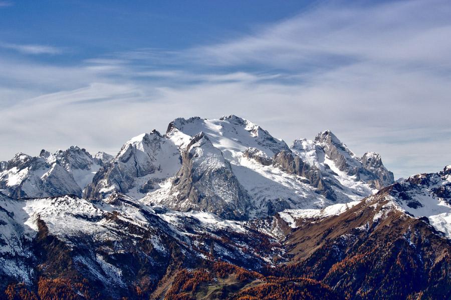 フリー写真 イタリアのマルモラダの山の風景