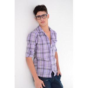 フリー写真, 人物, 少年, 外国の少年, ブラジル人, 眼鏡(メガネ), シャツ