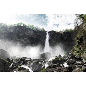 フリー写真, 風景, 自然, 滝, スイスの風景, 岩