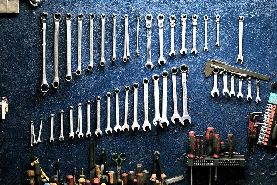 フリー写真 並べられた工具
