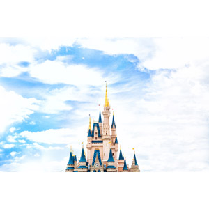 フリー写真, 風景, 建造物, 建築物, 城, シンデレラ城, ディズニーパーク, 遊園地(テーマパーク), アメリカの風景, フロリダ州, 雲