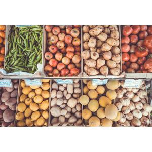 フリー写真, 食べ物(食料), 野菜, 豆(マメ), えんどう豆(エンドウ), 果物(フルーツ), リンゴ, トマト, レモン, じゃがいも(ジャガイモ), 芋類, 玉ねぎ(タマネギ), 八百屋