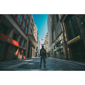 フリー写真, 人物, 男性, 後ろ姿, 人と風景, 街並み(町並み), ブラジルの風景