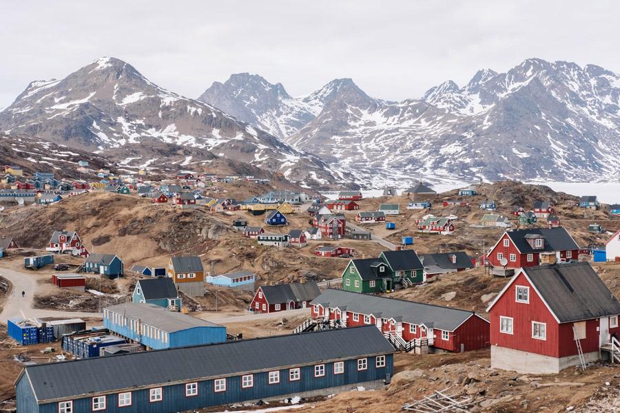 フリー写真 グリーンランドのタシーラクの街並み