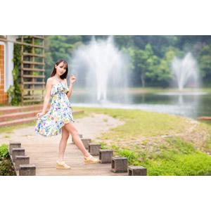 フリー写真, 人物, 女性, アジア人女性, 中国人, 女性(00173), ワンピース, 人と風景
