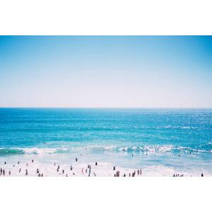 フリー写真, 風景, 人と風景, 海, 青空, 海水浴, レジャー, 人込み(人混み), カリフォルニア州, アメリカの風景