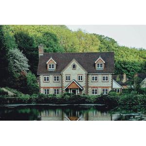 フリー写真, 風景, 建造物, 建築物, 住宅, 家(一軒家), 池, イギリスの風景