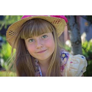 フリー写真, 人物, 子供, 女の子, 外国の女の子, 女の子(00034), 顔, 麦わら帽子