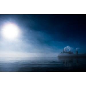 フリー写真, 風景, 湖, 霧(霞), 工場, 煙(スモーク), 太陽光(日光), ノルウェーの風景