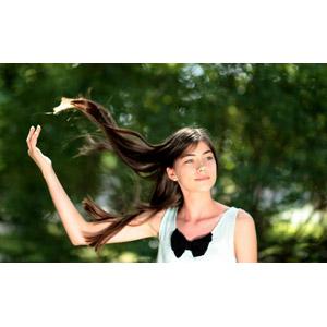 フリー写真, 人物, 少女, 外国の少女, ルーマニア人, 髪がなびく