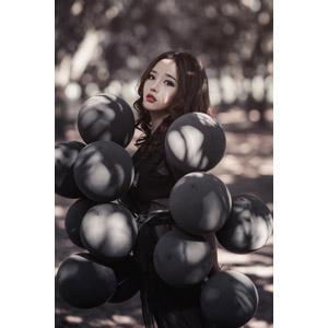 フリー写真, 人物, 女性, アジア人女性, ベトナム人, 風船, 女性(00228)