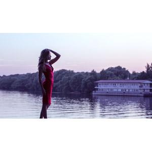 フリー写真, 人物, 女性, 外国人女性, ロシア人, 横顔, ドレス, 人と風景, 湖