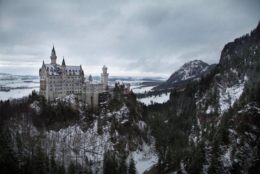 フリー写真 冬のノイシュバンシュタイン城の風景