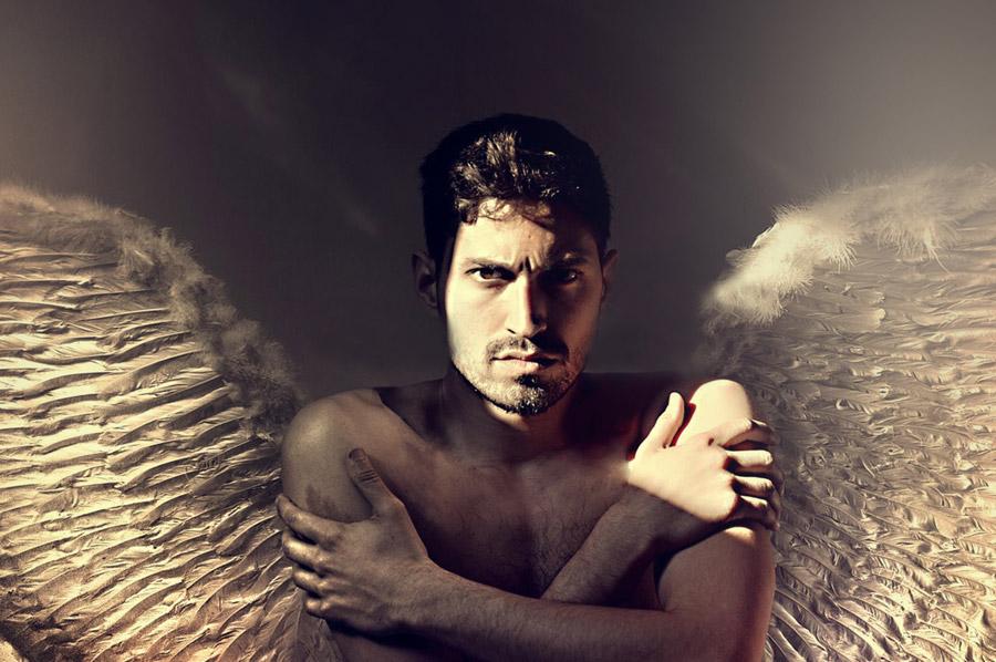 フリー写真 男性の天使