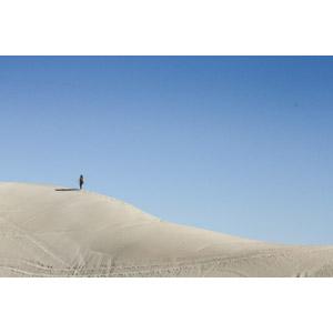 フリー写真, 風景, 砂丘, 青空, 人と風景