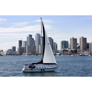 フリー写真, 風景, 乗り物, 船, ヨット, 海, 建造物, 建築物, 高層ビル, 都市, 街並み(町並み), カナダの風景, トロント