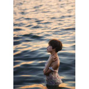 フリー写真, 人物, 女性, アジア人女性, ベトナム人, ショートヘア, 横顔, 海, 人と風景, 海水浴