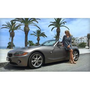 フリー写真, 乗り物, 自動車, BMW, BMW・Z4, オープンカー, スポーツカー, 人と乗り物, 人物, 女性, 外国人女性, サングラス