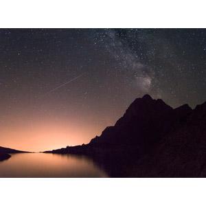 フリー写真, 風景, 自然, 山, 湖, 夜, 夜空, 星(スター), 天の川, 流れ星(流星), スロバキアの風景