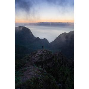 フリー写真, 風景, 山, 海, 雲, 夕暮れ(夕方), 人と風景, 眺める
