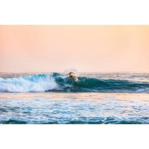 フリー写真, スポーツ, ウォータースポーツ, サーフィン, サーファー, 人と風景, 海, 波, 夕暮れ(夕方)