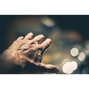 フリー写真, 人体, 手, 手を伸ばす, 玉ボケ