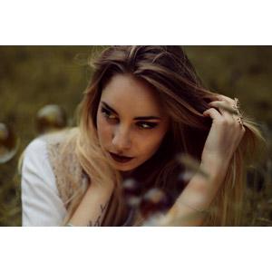 フリー写真, 人物, 女性, 外国人女性, 女性(00243), 髪の毛を触る