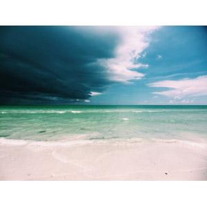 フリー写真, 風景, 自然, ビーチ(砂浜), 海, 雲, 暗雲, アメリカの風景, フロリダ州