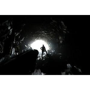 フリー写真, 風景, 洞窟, 人と風景, シルエット(人物), アイスランドの風景, 氷