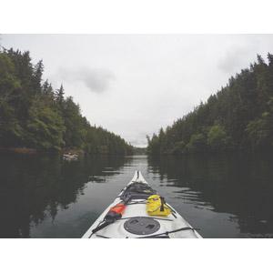 フリー写真, 乗り物, 船, カヌー(カヤック), 入り江, カナダの風景, アウトドア, レジャー