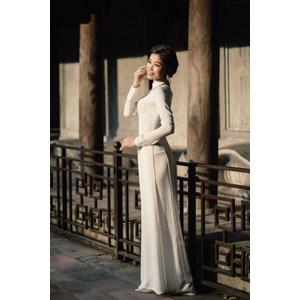 フリー写真, 人物, 女性, アジア人女性, 女性(00251), ベトナム人, アオザイ