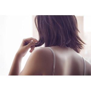 フリー写真, 人物, 女性, 外国人女性, 後ろ姿, 髪の毛を触る, 美容