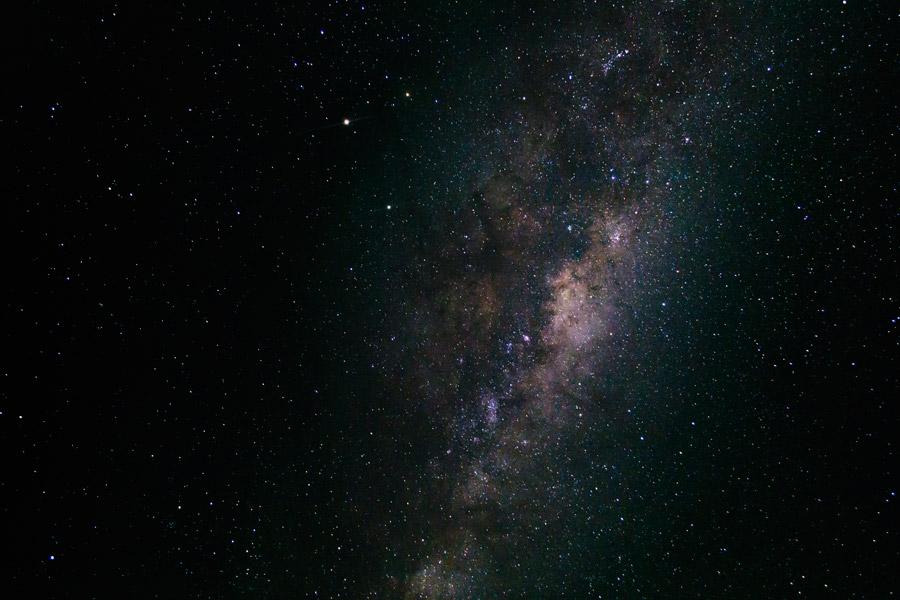 フリー写真 オーストラリアの空に輝く天の川の風景